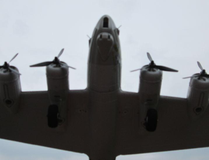 B-17G 06