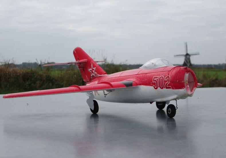 Dokkum 19-10-15 08 MiG-15 2